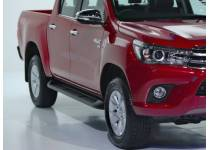 Пластиковые пороги под оригинал для Toyota Hilux Revo (2015-2021)