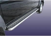 Пороги с накладным листом d76 для Mazda BT-50 (2007-2012)