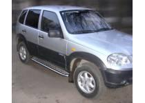 Пороги с накладным листом d43 для Chevrolet Niva (2009-)