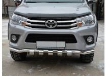 Защита переднего бампера d60 (волна с накладками) для Toyota Hilux Revo (2015-2017)