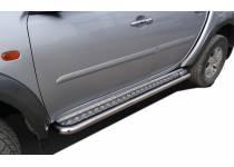 Пороги с накладным листом d60 для Mitsubishi L200 (2006-2013)