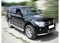 Защита штатных порогов d53 для Mitsubishi Pajero 4 (2012-2013)
