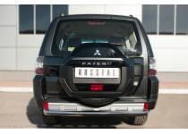 Защита заднего бампера d76 для Mitsubishi Pajero 4 (2014-)