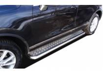 Пороги с накладным листом d53 для Volkswagen Touareg (2010-2013)