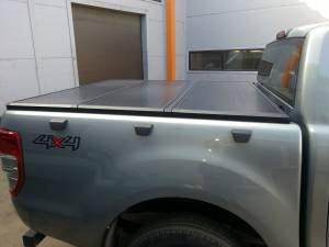 Крышка алюминиевая трехсекционная Ruggedliner на Ford Ranger T6 (2012-)
