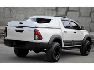 Крышка Ventastark Fullbox на Toyota Hilux Revo (2015-2019)