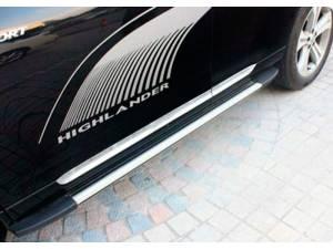 Боковые пороги OEM STYLE на Toyota Highlander (2010-2013)
