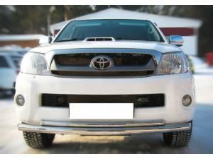 Защита переднего бампера двойная d63/42 на Toyota Hilux (2011-2014)