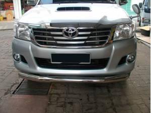 Защита переднего бампера d76 Winbo на Toyota Hilux (2011-2014)