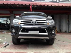 Защита переднего бампера OE-Style на Toyota Hilux Revo (2015-2018)