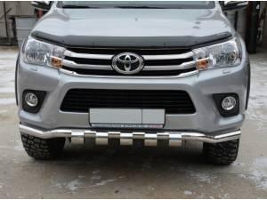 Защита переднего бампера d60 (волна с накладками) на Toyota Hilux Revo (2015-2018)
