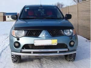 Защита переднего бампера двойная d60/60 на Mitsubishi L200 (2006-2013)