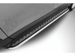 Боковые пороги с накладным листом d42 на Suzuki SX4 (2014-)