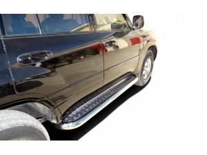 Пороги с накладным листом d76 на Toyota Land Cruiser 100 (1997-2008)