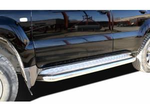 Пороги с накладным листом d76 на Toyota Land Cruiser 120 (2003-2009)