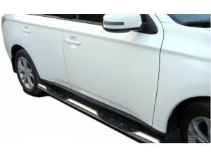 Пороги труба с проступью d76 на Mitsubishi Outlander 2014