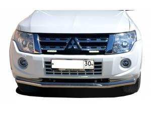 Защита переднего бампера d76 на Mitsubishi Pajero 4 (2006-2011)